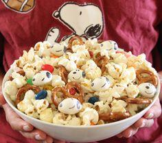Peanuts Movie Snoopy Snack Mix l @fandango