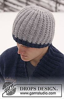 "Knitted DROPS men's hat in ""Alaska"""