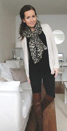 cream cardi long black top black skinnies cognac boots leopard scarf