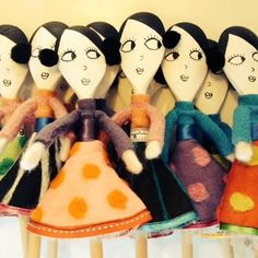 wooden spoon dollies Puppet Crafts, Doll Crafts, Cute Crafts, Craft Stick Crafts, Wooden Spoon Crafts, Wooden Spoons, Crafts For Seniors, Crafts For Kids, Spoon Art