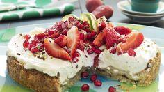 SMAKSBOMBE: Ostekrem, sitronfyll og paideig er en nydelig kombinasjon!