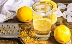 A szervezetünkben felhalmozódó húgysav számos problémához vezethet, például köszvényes fájdalomhoz, vesekőhöz, veseelégtelenséghez, sőt akár magas vérnyomáshoz is. Mit tehetünk a magas húgysavszint ellen? Pudding, Herbs, Fruit, Healthy, Desserts, Alcohol, Tailgate Desserts, Deserts, Custard Pudding