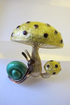 Estate 18K Yellow Gold, Guilloche Enamel Mushrooms & Snail Brooch/ Exquisite Whimsical Fine Gold Jewelry/ In the Style of Designer Martine by MaisonettedeMadness on Etsy https://www.etsy.com/listing/219404346/estate-18k-yellow-gold-guilloche-enamel