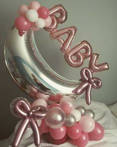 Balloon table centerpiece For Baby Shower Balloons - Baby Shower Ideas Balloon Arrangements, Balloon Centerpieces, Balloon Decorations Party, Party Decoration, Balloon Garland, Baby Balloon, Love Balloon, Baby Shower Balloons, Baby Shower Parties