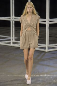Alexander Wang Spring 2014 RTW - Review - Fashion Week - Runway, Fashion Shows and Collections - Vogue