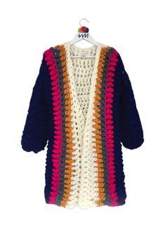 ceket_delantera_baja Crochet Coat, Crochet Jacket, Crochet Cardigan, Crochet Clothes, Knitwear Fashion, Crochet Fashion, Freeform Crochet, Crochet Stitches, Crochet World