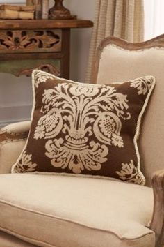 Damask Aubusson Pillow from Soft Surroundings - barbarasangi Interior Design Boards, Modern Interior Design, Interior Designing, Traditional Decor, Traditional House, Soft Surroundings, Minimalist Decor, Dream Rooms, Autumn Home