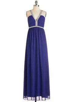 Uptown Pearl Dress. You feel oh-so-fine when youre walking around in this dazzling sapphire-blue gown! #blue #prom #modcloth Vestidos Bonitos, Vestidos Bonitos, Vestidos Informales, Vestidos Para Fiesta De Graduación, Vestidos Formales, Ropa Linda, Vestido De Perla, De Las Mujeres