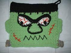 """Frankie"" Potholder - free crochet pattern"