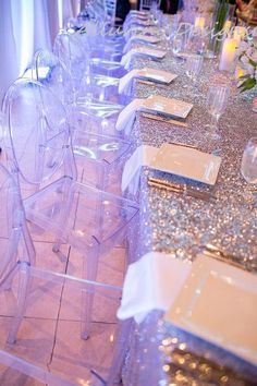 This fabric is stunning. The tiny sequins dance in the light. Perfect for just about any event including weddings, bridal showers, baby showers, holiday dinner parties, or simply for home decor. These table linens are made with high end fabric and look absolutely beautiful on all