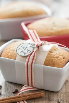 Nutmeg Spice Mini Loaf Cake | lovely snacking or tea cake with the subtle flavour of nutmeg, perfect size for gift-giving