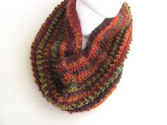 Fall for Autumn Crochet Cowl Scarf FREE US by AllAboutTheFiber