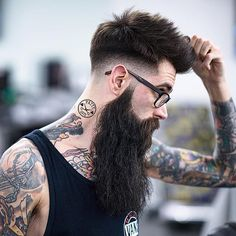 Mid Fade + Textured Hair by Patty Cuts.
