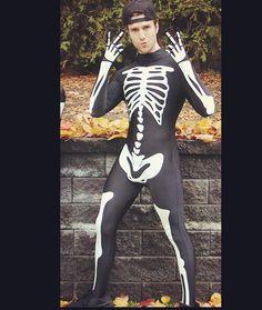 Jack Skellington Cosplay, Hot Men, Hot Guys, Men Kissing, Straight Guys, Skeleton, Superman, Tights, Spandex