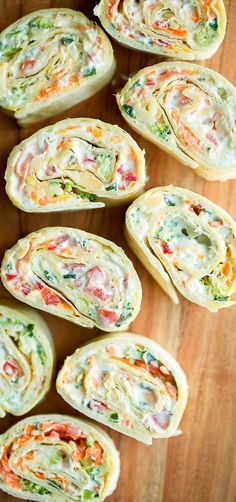 Vegetable Cream Cheese Tortilla Roll Ups - Peas And Colored Pencils .- Gemüse Frischkäse Tortilla Roll Ups – Erbsen Und Buntstifte – Vegetable Cream Cheese Tortilla Roll Ups – Peas And Colored Pencils – pencils cheese – - Pinwheel Sandwiches, Wrap Sandwiches, Dinner Sandwiches, Yummy Appetizers, Appetizer Recipes, Sandwich Recipes, Easy Vegetarian Appetizers, Lunch Recipes, Vegetable Appetizers