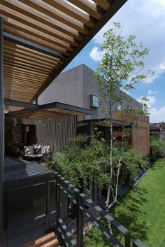 AFS Lomas Country by Vieyra Arquitectos - Mexico Architecture Details, Modern Architecture, Street House, Modern Landscaping, Modern Rustic, My Dream Home, Exterior Design, My House, Farm House