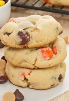 Peanut Butter Pudding Cookies-- seriously one of the most amazing cookies ever. I like trying new cookies recipes! Pudding Cookies, Yummy Cookies, Yummy Treats, Sweet Treats, Chip Cookies, Just Desserts, Delicious Desserts, Yummy Food, Cookie Recipes