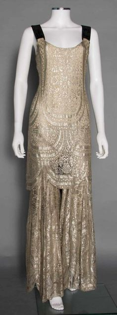 RARE METALLIC EVENING JUMPSUIT, 1930s : Lot 310
