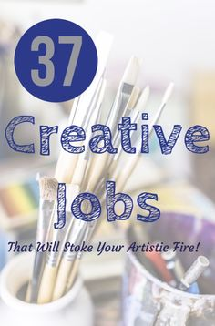 Discover all kinds of creative jobs in which inventiveness and originality are highly valued. Learn about the benefits of art careers and creative work!