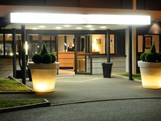 Archamps Best Western Porte Sud de Geneve France, Europe Ideally located in the prime touristic area of Archamps, Best Western Porte Sud de Geneve promises a relaxing and wonderful visit. The hotel offers a wide range of amenities and perks to ensure you have a great time. All the necessary facilities, including fax machine, 24-hour front desk, facilities for disabled guests, express check-in/check-out, luggage storage, are at hand. Television LCD/plasma screen, internet acces...