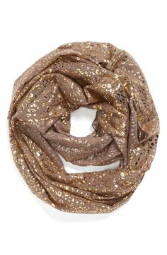 We love this sparkly scarf!