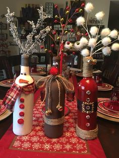 Easy DIY Dollar Store Christmas Decorating Ideas for Living Room – Wine Bottle Crafts – Unique Christmas Decorations DIY Christmas Wine Bottles, Dollar Store Christmas, Christmas Crafts, Snowman Crafts, Christmas Christmas, Wine Bottle Centerpieces, Christmas Centerpieces, Christmas Decorations, Box Decorations
