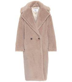 Max Mara Ginata alpaca and wool-blend coat Max Mara Teddy Coat, Teddy Bear Coat, Belted Cardigan, Cashmere Cardigan, Oversized Mantel, Leonie Hanne, Silk Coat, Paris Outfits, Exclusive Clothing