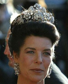 Princess Victoria Louise Of Hanover's Floral Tiara. Princess Victoria Louise Of Hanover, Duchess Of Brunswick (Princess Of Prussia) Wore This Tiara When She Married Prince Ernst August Of Hanover In Royal Crowns, Royal Tiaras, Tiaras And Crowns, Princesa Alexandra, Mary Donaldson, Thurn Und Taxis, Princesa Victoria, Ernst August, Monaco Royal Family