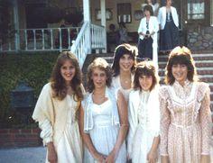 girls in gunne sax dresses Seventies Fashion, 80s Fashion, Vintage Fashion, Patti Hansen, Lauren Hutton, Vintage Outfits, Vintage Dresses, Prom Queens, Bridesmaid Dresses