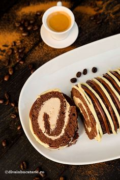 Cake Rolls, Pancakes, Favorite Recipes, Drink, Breakfast, Ethnic Recipes, Food, Deserts, Mascarpone