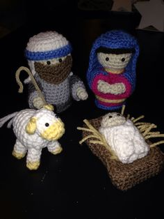 Crochet Nativity Set Pattern by Gourmet Crochet and can be found on Ravelry