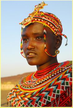 The Rendille tribe inhabits the arid region of northern Kenya. Just like the Borana, they are classified under the broad Eastern Cushitic peoples and have Ethiopia are their original homeland. They were compelled to migrate down south to northern Kenya due to increased rivalry and conflicts with the people of the Oromo tribes mainly over grazing land and water for their livestock. They are said to be related to the Somalis of Somalia. They don't have history with the British colonialists…