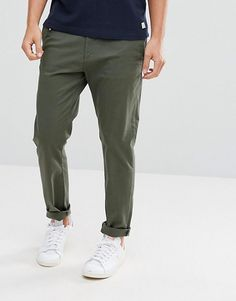 Buy Stradivarius Skinny Chino in Khaki at ASOS. With free delivery and return options (Ts&Cs apply), online shopping has never been so easy. Get the latest trends with ASOS now. Skinny Chinos, Burton Menswear, Khaki Green, Best Brand, Skinny Fit, Dress Pants, Asos, Trousers, Fashion Outfits