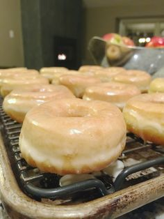 "Glazed Yeast Doughnuts with a special ingredient: potato! Light and airy, these doughnuts or ""Spudnuts"" are the perfect treat for any special event or just a weekend with the family. Runza Casserole, Donut Recipes, Recipe Of The Day, Doughnuts, Bread Baking, Holiday Recipes, Bakery, Sweet Treats, Good Food"