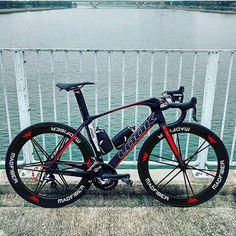 The @lookcycle 795 Aerolight  Regram: @thelookbikeclub  #bicycle #bicycles #cycling #look #shimano #lookcycle #look795 #madfiber #baaw #wymtm #look795aerolight