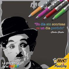 Lo recordamos por darle color al cine en blanco y negro. #LaDiferenciaEsElColor #Quotes #Frases #Chaplin