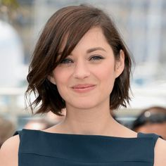 A Round-Up of 20 Chic Short Bob Hairstyles (WITH PICTURES) Looking for chic short bob hairstyles to change things up? Find different styles of chic short bob hair to maximize your beauty. Pick yours today! Hair Day, New Hair, Marion Cotillard Hair, Marion Cottilard, Short Hair Cuts, Short Hair Styles, Short Bob Thin Hair, Short Hair Model, Layered Bob Thick Hair