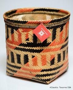 Yanomami, Xingu, Bag Making, Cuff Bracelets, Nova, Arts And Crafts, How To Make, Bags, Jewelry