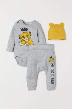 Baby Girl Clothes Set 2019 Autumn Set Cotton T-shirt Pants Headband fall Infant Clothes Newborn Baby Girl Clothing Set – Cute Adorable Baby Outfits Disney Babys, Baby Arrival, Pregnant Mom, Baby Kind, Cute Baby Clothes, Clothes Swag, Disney Baby Clothes Boy, Clothes For Babies, Baby Sleep