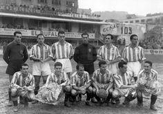 ÚTBOL. PARTIDO AMISTOSO. San Sebastián 1-1-1950.- Formación del equipo de fútbol Real Sociedad de San Sebastián, durante su encuentro amistoso contra el Newels Old Boys, en el que resultó vencedor por 2 a 0. EFE/FOTOCAR/jgblafototeca.com Image : efespseven073191