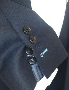 Flash Cuff and coloured working buttonholes Made to treasure by Tailors Row