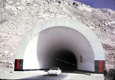 Тоннель Саланг советской постройки, соединяет северную и южную части Афганистана.