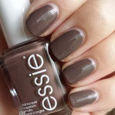 Essie - Don't Sweater It (228A)