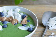 Green Antioxidant Smoothie Bowl