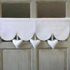 Cantonniere Coeur Decoration Romantique Heart Valance Romantic Decoration Romantic valancesCantonniere with Hearts LCantonniere with Hearts L Drapes And Blinds, Drapes Curtains, Valances, Window Coverings, Window Treatments, Red Kitchen Curtains, Rideaux Shabby Chic, Window Dressings, Shabby Chic Kitchen