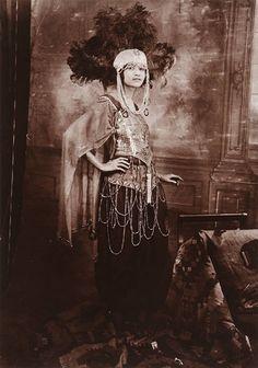 Belle Epoque, Cabaret, James Van Der Zee, Ballet Russe, American Photo, American Fashion, American Art, Vintage Black Glamour, African Diaspora