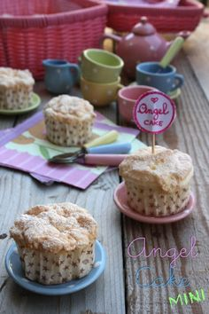 Mini Angel Cake di Montersino.... a pretty little cake!