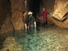 Ce n'est pas si simple d'explorer une grotte [Découverte insolite Nature Passion Spéléologie]