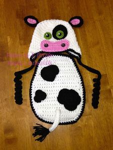 Image of Cow Cape and Hat Crochet Pattern