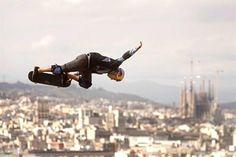 Una de las pruebas de los 'X Games Barcelona 2013', ubicada en un punto emblemático de la montaña de Montjuïc, ¡con unas vistas increíbles! #Skate #xGames #Barcelona. Foto de Marta Pérez